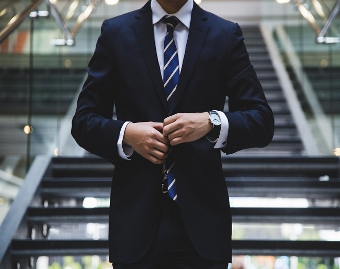 "Finding ""Elite"" Entry-level Salespeople"